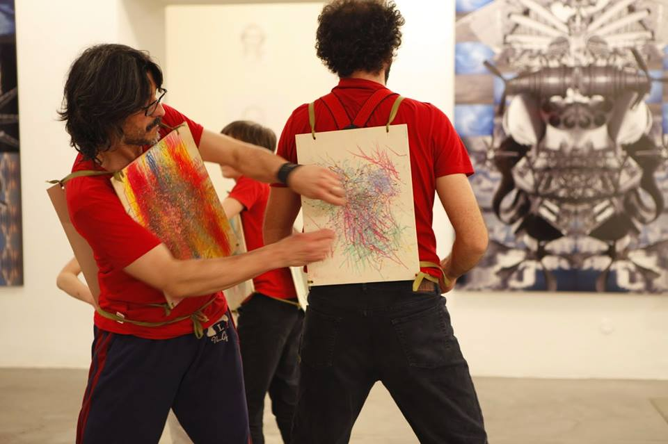 Move to draw! The workshop %22Gymnastic sign%22, LED by the artist giuliano guatta
